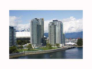"""Photo 1: 2201 918 COOPERAGE Way in Vancouver: False Creek North Condo for sale in """"THE MARINER"""" (Vancouver West)  : MLS®# V816816"""