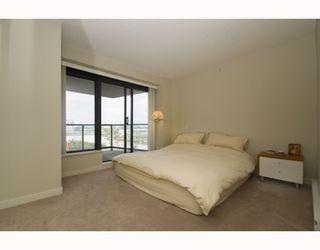 """Photo 6: 703 5811 NO 3 Road in Richmond: Brighouse Condo for sale in """"ACQUA"""" : MLS®# V728342"""