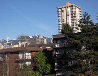 """Photo 10: 301 155 E 5TH Street in North_Vancouver: Lower Lonsdale Condo for sale in """"WINCHESTER ESTATES"""" (North Vancouver)  : MLS®# V750081"""