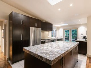 """Photo 5: 4085 W 39TH Avenue in Vancouver: Dunbar House for sale in """"DUNBAR"""" (Vancouver West)  : MLS®# R2402700"""