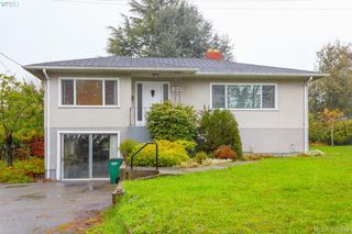 Photo 1: 3260 Cedar Hill Road in VICTORIA: SE Cedar Hill Single Family Detached for sale (Saanich East)  : MLS®# 416849