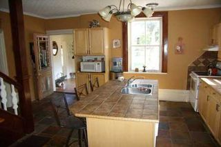 Photo 2: 64 English Road in Kawartha L: House (2-Storey) for sale (X22: ARGYLE)  : MLS®# X1684094