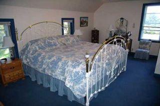 Photo 5: 64 English Road in Kawartha L: House (2-Storey) for sale (X22: ARGYLE)  : MLS®# X1684094