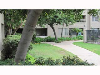Photo 11: MISSION VALLEY Condo for sale : 2 bedrooms : 10300 Caminito Cuervo #58 in San Diego