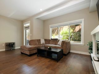 Photo 3: 1020 Grob Crt in : La Westhills Row/Townhouse for sale (Langford)  : MLS®# 852442
