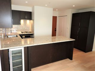"""Photo 13: 304 1880 W 57TH Avenue in Vancouver: South Granville Condo for sale in """"SHANNON STATION"""" (Vancouver West)  : MLS®# R2508801"""