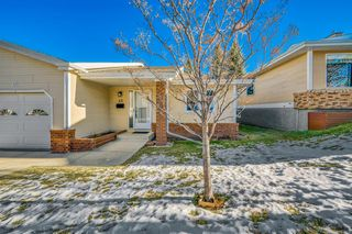 Photo 41: 45 140 Strathaven Circle SW in Calgary: Strathcona Park Semi Detached for sale : MLS®# A1053214