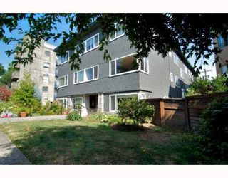 "Photo 8: 2 1075 W 13TH Avenue in Vancouver: Fairview VW Condo for sale in ""MARIE COURT"" (Vancouver West)  : MLS®# V800482"