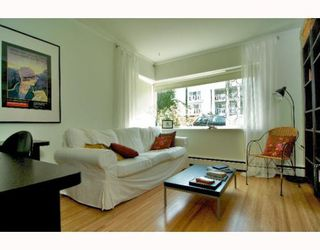 "Photo 2: 2 1075 W 13TH Avenue in Vancouver: Fairview VW Condo for sale in ""MARIE COURT"" (Vancouver West)  : MLS®# V800482"