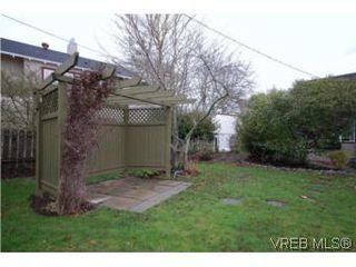 Photo 13: 2743 Victor Street in VICTORIA: Vi Oaklands Single Family Detached for sale (Victoria)  : MLS®# 271717