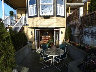 """Photo 20: 408 E 2ND Street in North Vancouver: Lower Lonsdale House for sale in """"THE JONES RESIDENCE"""" : MLS®# V806455"""