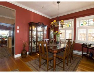 """Photo 11: 408 E 2ND Street in North Vancouver: Lower Lonsdale House for sale in """"THE JONES RESIDENCE"""" : MLS®# V806455"""