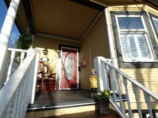 """Photo 4: 408 E 2ND Street in North Vancouver: Lower Lonsdale House for sale in """"THE JONES RESIDENCE"""" : MLS®# V806455"""