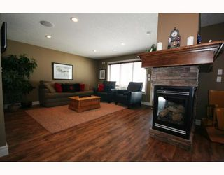 Photo 12: 69 Aspen Stone Road SW in CALGARY: Aspen Woods Residential Detached Single Family for sale (Calgary)  : MLS®# C3410694