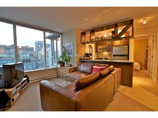 "Photo 2: 1806 1001 RICHARDS Street in Vancouver: Downtown VW Condo for sale in ""MIRO"" (Vancouver West)  : MLS®# V857520"