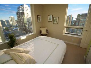 "Photo 7: 1806 1001 RICHARDS Street in Vancouver: Downtown VW Condo for sale in ""MIRO"" (Vancouver West)  : MLS®# V857520"
