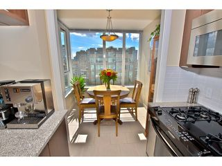 "Photo 4: 1806 1001 RICHARDS Street in Vancouver: Downtown VW Condo for sale in ""MIRO"" (Vancouver West)  : MLS®# V857520"