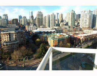 "Photo 7: 1503 193 AQUARIUS MEWS BB in Vancouver: False Creek North Condo for sale in ""MARINASIDE RESORT"" (Vancouver West)  : MLS®# V746365"