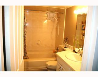 Photo 7: 310 633 NORTH Road in Coquitlam: Coquitlam West Condo for sale : MLS®# V746884