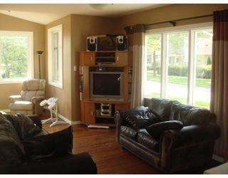Photo 4: 225 YALE Avenue West in WINNIPEG: Transcona Residential for sale (North East Winnipeg)  : MLS®# 2913394