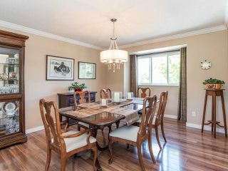 """Photo 6: 116 13888 70TH Avenue in Surrey: East Newton Townhouse for sale in """"Chelsea Gardens"""" : MLS®# R2400447"""