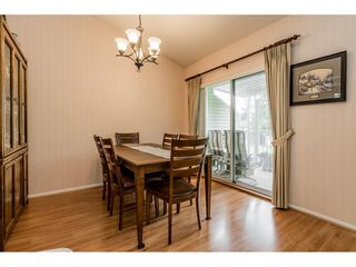 "Photo 11: 4 5760 174 Street in Surrey: Cloverdale BC Townhouse for sale in ""STETSON VILLAGE"" (Cloverdale)  : MLS®# R2409421"