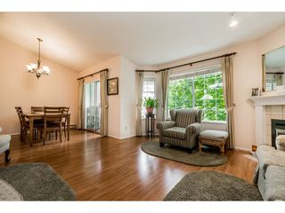 "Photo 13: 4 5760 174 Street in Surrey: Cloverdale BC Townhouse for sale in ""STETSON VILLAGE"" (Cloverdale)  : MLS®# R2409421"