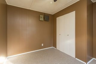 """Photo 9: 57 21163 LOUGHEED Highway in Maple Ridge: Southwest Maple Ridge Manufactured Home for sale in """"Val Marie"""" : MLS®# R2437603"""