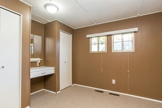 """Photo 8: 57 21163 LOUGHEED Highway in Maple Ridge: Southwest Maple Ridge Manufactured Home for sale in """"Val Marie"""" : MLS®# R2437603"""