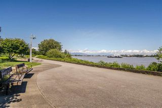 "Photo 33: 108 14200 RIVERPORT Way in Richmond: East Richmond Condo for sale in ""WATERSTONE PIER"" : MLS®# R2457177"