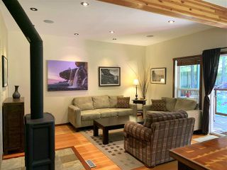 Photo 10: 445 DIXON Road: Mayne Island House for sale (Islands-Van. & Gulf)  : MLS®# R2481297