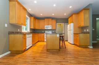 Photo 6: 26562 REYNOLDS Road in Hope: Hope Center House for sale : MLS®# R2504768