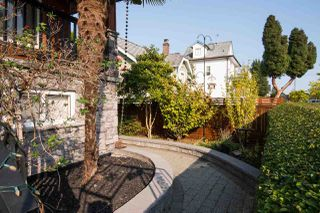 Photo 2: 1635 E 21ST Avenue in Vancouver: Knight House for sale (Vancouver East)  : MLS®# R2513481