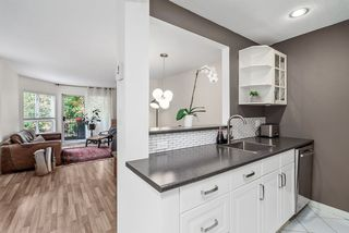 Photo 13: 214 555 W 14TH AVENUE in Vancouver: Fairview VW Condo for sale (Vancouver West)  : MLS®# R2502784