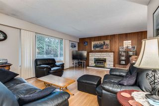 Photo 4: 3655 COAST MERIDIAN Road in Port Coquitlam: Glenwood PQ House for sale : MLS®# R2528909