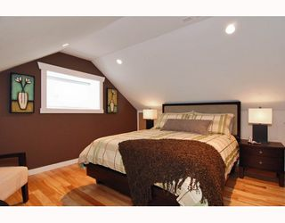 Photo 7: 152 W 23RD Street in North Vancouver: Central Lonsdale House for sale : MLS®# V807761