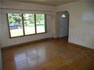 Photo 3: 160 Irving Place in WINNIPEG: East Kildonan Residential for sale (North East Winnipeg)  : MLS®# 1010419
