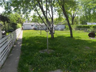 Photo 9: 160 Irving Place in WINNIPEG: East Kildonan Residential for sale (North East Winnipeg)  : MLS®# 1010419
