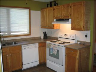 Photo 2: 19 GREENSBORO Bay in WINNIPEG: Fort Garry / Whyte Ridge / St Norbert Residential for sale (South Winnipeg)  : MLS®# 1013229