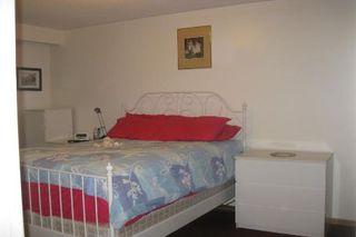 Photo 4: 61 Shademaster Court in Toronto: House (Backsplit 5) for sale (E11: TORONTO)  : MLS®# E1910345