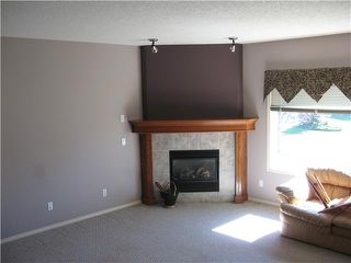 Photo 15: 46 EAGLEVIEW Heights in RED DEER: Cochrane Residential Attached for sale : MLS®# C3442597