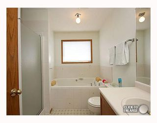 Photo 8: 59 APPLEWOOD Way SE in CALGARY: Applewood Residential Detached Single Family for sale (Calgary)  : MLS®# C3340355