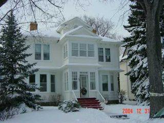 Photo 2: 191 LAWNDALE Avenue in WINNIPEG: St Boniface Single Family Detached for sale (South East Winnipeg)  : MLS®# 2617441