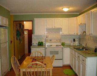 Photo 5: 35 GREENWOOD Avenue in WINNIPEG: St Vital Single Family Detached for sale (South East Winnipeg)  : MLS®# 2611167