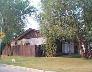 Photo 1: 35 GREENWOOD Avenue in WINNIPEG: St Vital Single Family Detached for sale (South East Winnipeg)  : MLS®# 2611167