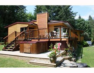 Photo 2: 5802 MARINE Way in Sechelt: Sechelt District House for sale (Sunshine Coast)  : MLS®# V769236