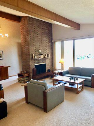 Photo 4: 6519 Hardisty Drive in Edmonton: Zone 19 House for sale : MLS®# E4165754