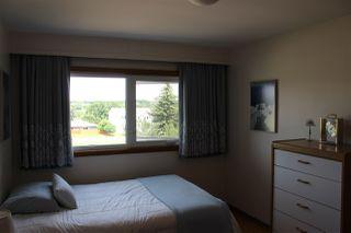 Photo 10: 6519 Hardisty Drive in Edmonton: Zone 19 House for sale : MLS®# E4165754