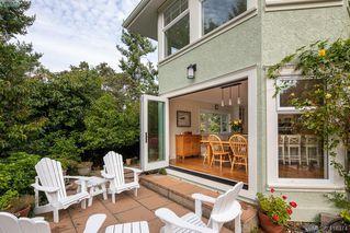 Photo 15: 3704 Arbutus Ridge in VICTORIA: SE Ten Mile Point Single Family Detached for sale (Saanich East)  : MLS®# 825961