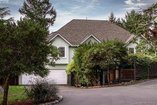 Photo 1: 3704 Arbutus Ridge in VICTORIA: SE Ten Mile Point Single Family Detached for sale (Saanich East)  : MLS®# 825961
